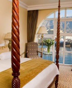 table-bay-room-view